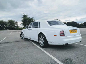 wedding car hire bolton area